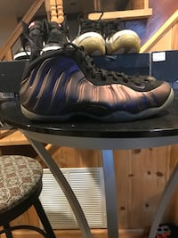 Eggplant foams size 10.5  Washington, 20011