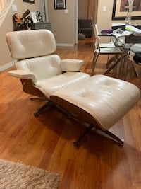 White leather chair with ottoman Surrey, V3S 4P2