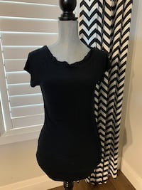 Eighteen Women's top size large