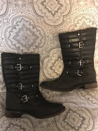 Ugg Leather Moto Boot (size 9)