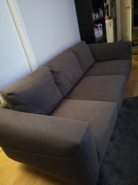 Sofa 5 months used  Όσλο, 0852