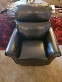 black leather childs recliner  Hyattsville, 20785