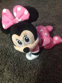 Crawling Minnie Mouse