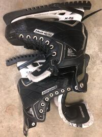 Youth hockey skates Anmore