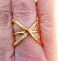 Crystal paved criss cross ring....  Size 7 Jurupa Valley