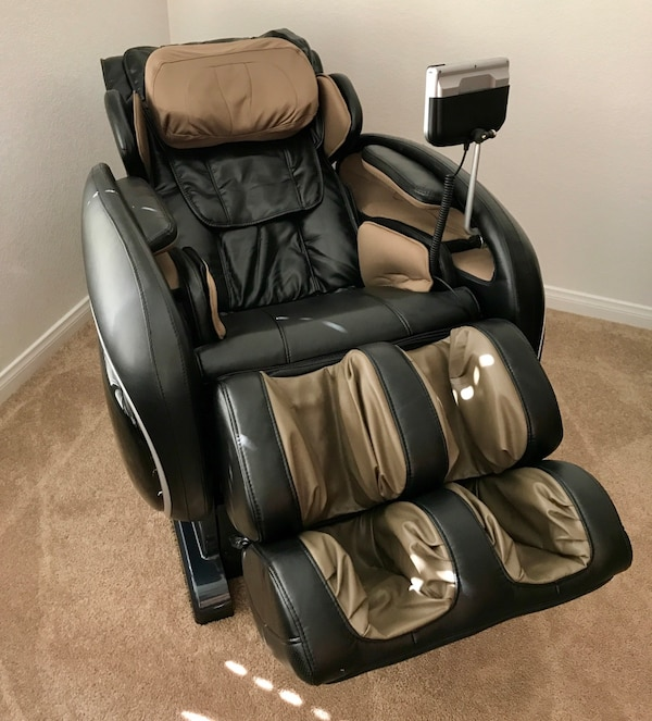 Used Like New Osaki Os 4000 Massage Chair With Zero Gravity In