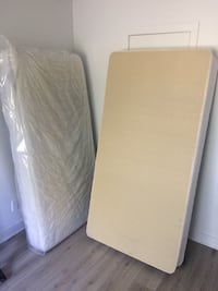 Mattress and spring box for a single bed  Châteauguay, J6J 5J1