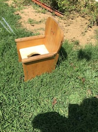 Children's potty chair as is , missing a part Woodbine, 21797