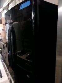 Ge side by side refrigerator excellent conditions  75 km