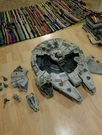 2008 Millennium Falcon 2.5 foot Chesapeake, 23322