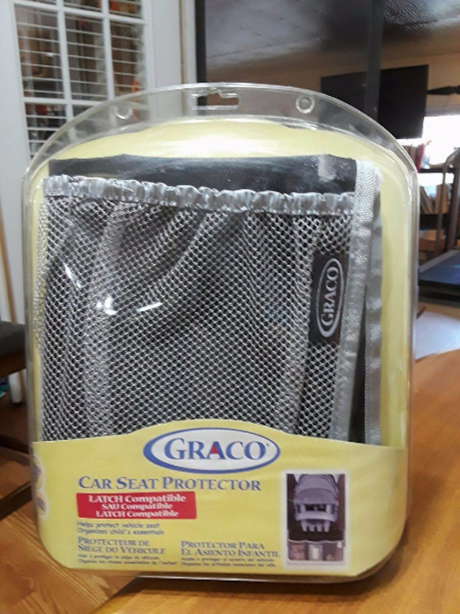 Used Graco Car Seat Protector in Marshall, MO 65340, USA