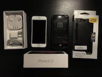 Mint condition gold iPhone 6s Toronto, M3M