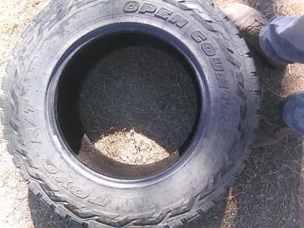 Used Set Of 4 Toyo 33x12 5x18 Tires For Sale In Benbrook Letgo