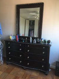 brown wooden dresser with mirror Woodbridge, 22192