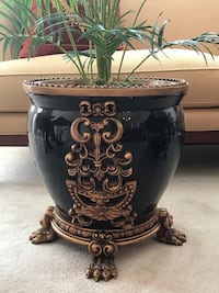 black and brown ceramic vase