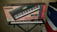 black and white electronic keyboard Calgary, T3E 6N8