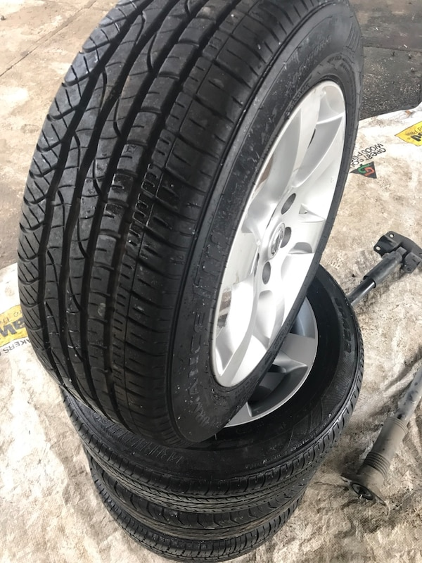 Used 2007 2017 Nissan Altima Rims And Tires For In Jacksonville Letgo