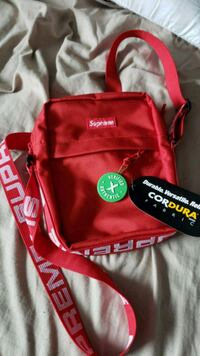 Red Supreme Shoulder Bag from this season Barrie, L4N 1E3