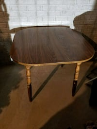 4x4 hard wood kitchen table with leaf