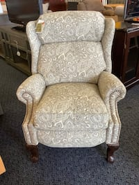New Barca Lounge Grey Print Recliner