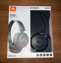 JBL Bluetooth Headphones(brand new)