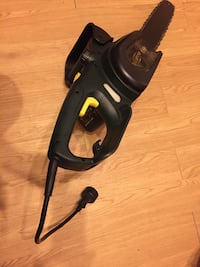 black and gray canister vacuum cleaner Montréal, H2W 2A6