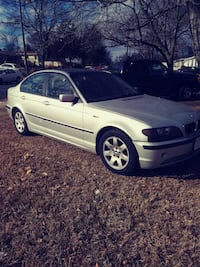 gray BMW sedan Springfield, 22150