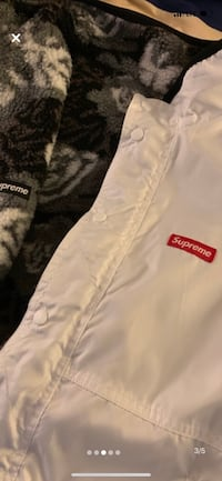 Supreme Roses Sherpa and Arc Logo Track Jacket McLean, 22102