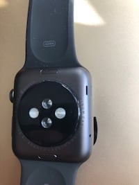 Apple Watch Séries 1 brand new with Apple Care Plus Laval, H7C 2T9