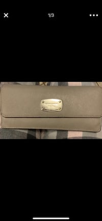 gray leather Michael Kors wallet Jurupa Valley, 92509