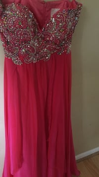 red sweetheart neckline long gown Dade City, 33523