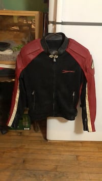 Rocket motorcycle jacket size m with matching gloves size l Tyngsboro, 01879