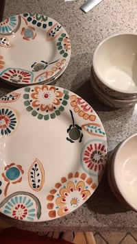 Target home collection - plates, bowls  Washington, 20009