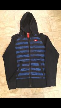 Boys Youth zip-up Hoodie. Size small Dartmouth, B2X 1H7