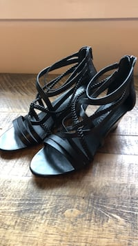 Aldo black leather strappy wedges Toronto, M1C 2G2