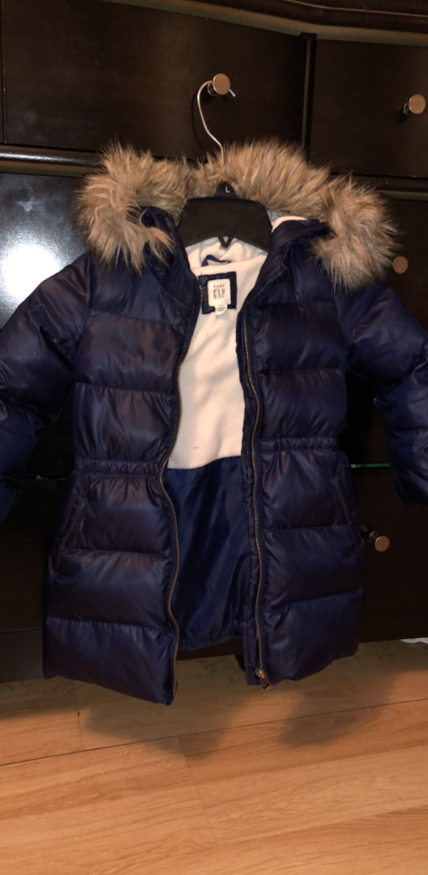ebf760c4cefaa Used Toddler Puffer Gap Coat with hood for sale in Jersey City - letgo