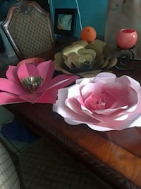 white and pink floral ceramic bowl Bakersfield, 93306