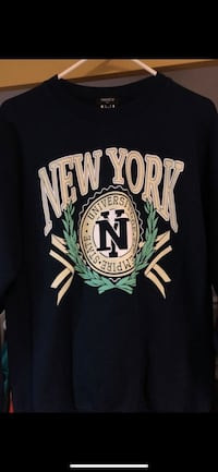 Black and white new york yankees jersey shirt Antioch, 94531