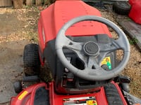 "Craftsman 17.5 hp, 42"" Deck Lawn Tractor Poolesville, 20837"