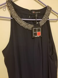 black Carre Noir sleeveless top