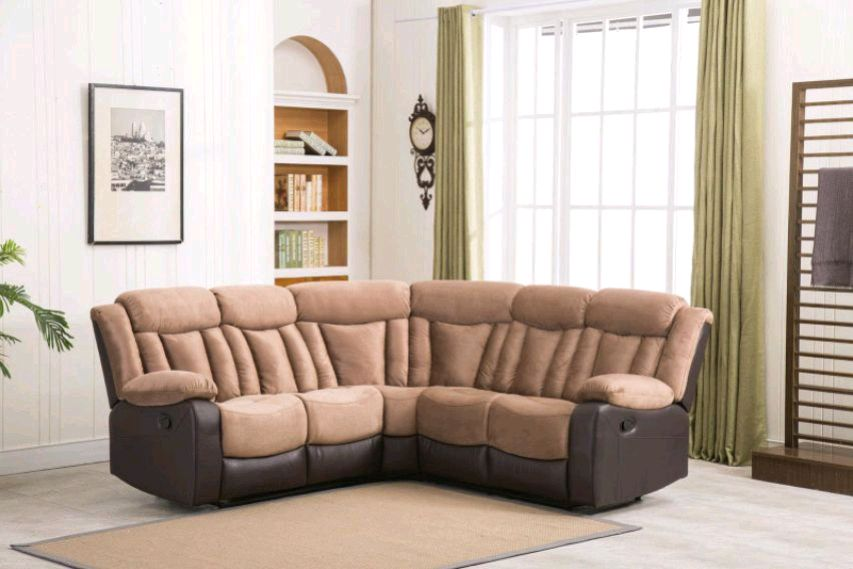 Photo Motion TAN color Sectional w/ 2 Recliners • BLACK FRIDAY SPECIAL!! • o