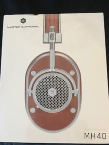 Master and Dynamic MH40 wired headphones