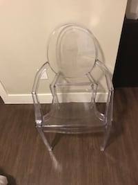 Clear acrylic ghost chair with arms  Austin, 78723