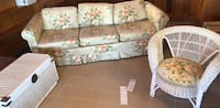 Wicker set and couch with pull out bed  San Diego, 92110