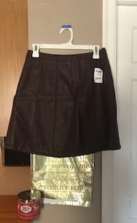 Charlotte Russe Brand new Leather Skirt Indianapolis, 46220