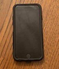 Black iphone 7 128g and black case Toronto, M2H 1N9