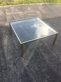 Coffee table  Boynton Beach, 33436