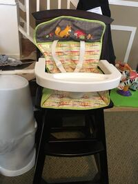 Baby high chair  Baltimore, 21207