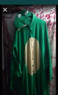 Size XL Frog costume/ pajamas Los Angeles, 90063