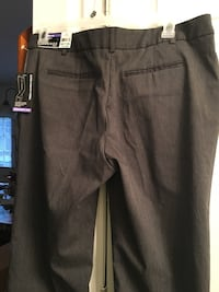 Ladies Brand new pants 18 pettie Madison, 35757